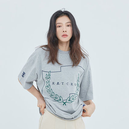 ROMANTIC CROWN More T-Shirts Unisex Street Style Short Sleeves T-Shirts 6