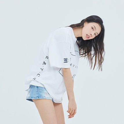 ROMANTIC CROWN More T-Shirts Unisex Street Style Short Sleeves T-Shirts 20