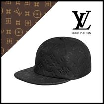 Louis Vuitton TAURILLON Blended Fabrics Street Style Beret & Hunting Hats