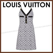 Louis Vuitton Monogram A-line Wool Sleeveless V-Neck Medium Dresses