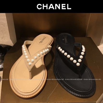 CHANEL Flat Plain Leather Flip Flops With Jewels Elegant Style 5