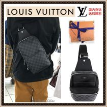 Louis Vuitton DAMIER GRAPHITE Leather Messenger & Shoulder Bags