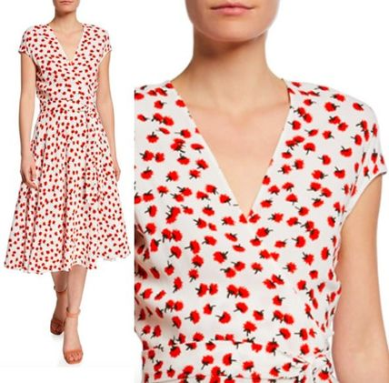 Flower Patterns Nylon Blended Fabrics Flared V-Neck Medium