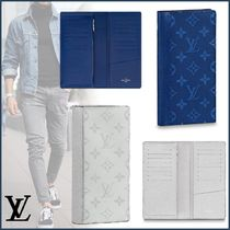 Louis Vuitton BRAZZA Monogram Unisex Canvas Blended Fabrics Street Style Bi-color