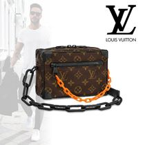 Louis Vuitton MONOGRAM Monogram Street Style Clutches