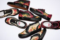 Supreme Flower Patterns Unisex Street Style Collaboration Sneakers