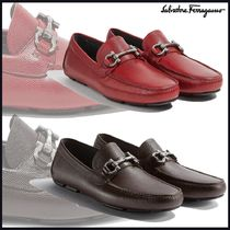 Salvatore Ferragamo Driving Shoes Plain Leather U Tips Loafers & Slip-ons