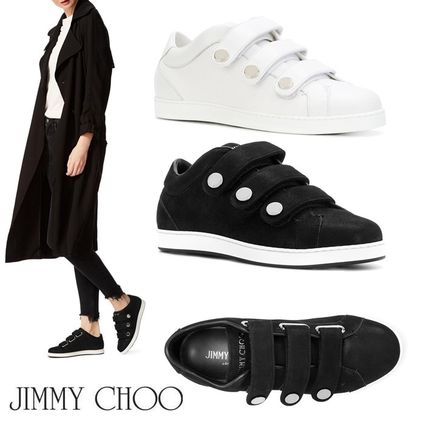 Round Toe Rubber Sole Studded Plain Leather Low-Top Sneakers