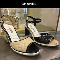 CHANEL Open Toe Bi-color Plain Leather Elegant Style Chunky Heels