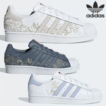 adidas SUPERSTAR Flower Patterns Round Toe Rubber Sole Lace-up Casual Style