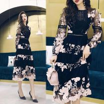 Flower Patterns A-line U-Neck Long Lace Elegant Style