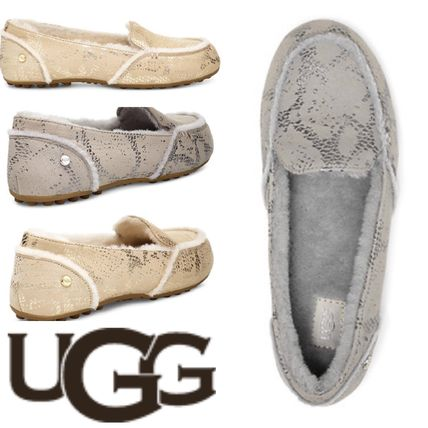 a7d7a696bed UGG Australia 2019-20AW Casual Style Sheepskin Loafer Pumps & Mules (HAILEY  METALLIC SNAKE)