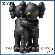 KAWS Unisex Street Style Collaboration Action Toys & Figures