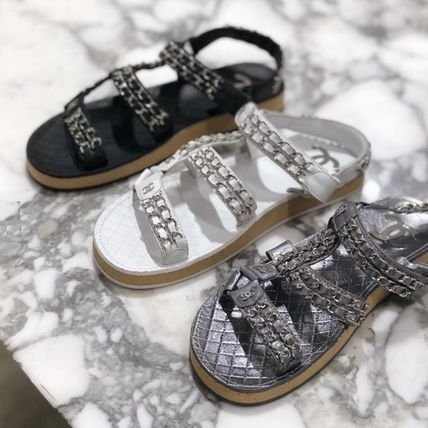 CHANEL Flat Platform Casual Style Chain Plain Leather Footbed Sandals