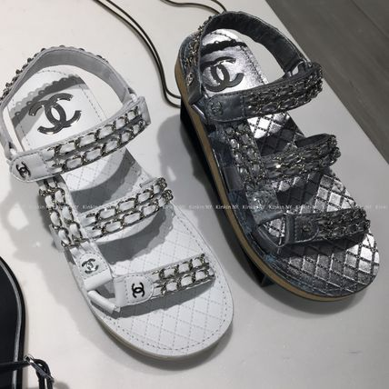 CHANEL Flat Platform Casual Style Chain Plain Leather Footbed Sandals 2