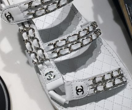 CHANEL Flat Platform Casual Style Chain Plain Leather Footbed Sandals 7