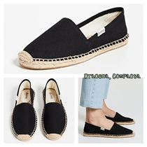 SOLUDOS Round Toe Rubber Sole Casual Style Plain Slip-On Shoes