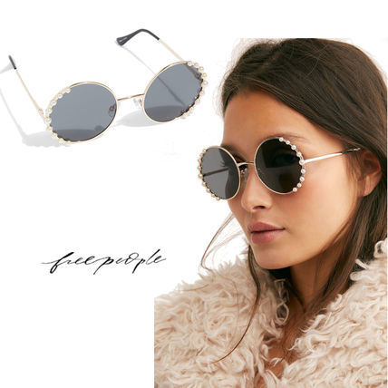 Round With Jewels Sunglasses