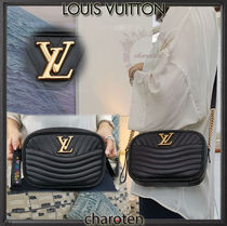 Louis Vuitton Calfskin 2WAY Bi-color Chain Plain Elegant Style
