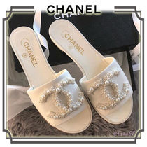 CHANEL Open Toe Plain Leather Elegant Style Sandals