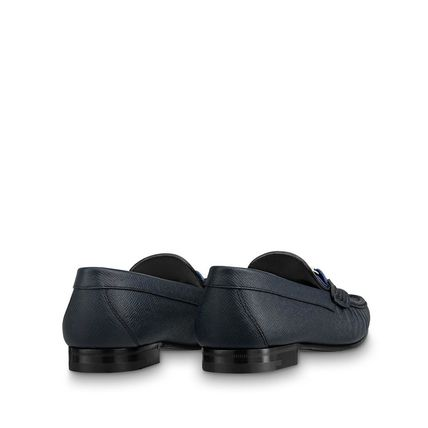 Louis Vuitton Loafers & Slip-ons Plain Toe Moccasin Blended Fabrics Plain Leather 7
