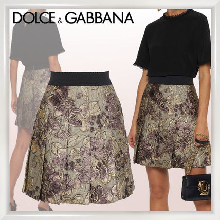 f7d6d1a53ecf ... Dolce & Gabbana More Skirts Short Flower Patterns Pleated Skirts  Elegant Style Skirts ...