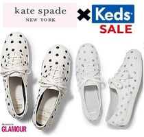 kate spade new york Dots Round Toe Rubber Sole Lace-up Casual Style