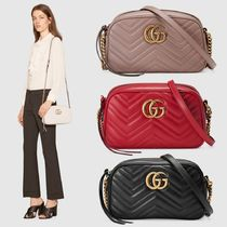 GUCCI Street Style Chain Plain Leather Elegant Style Shoulder Bags