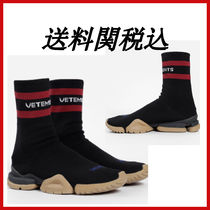 VETEMENTS Casual Style Low-Top Sneakers