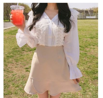 Casual Style Plain Medium Lace Puff Sleeves Shirts & Blouses