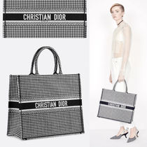 Christian Dior Zigzag Casual Style Unisex Canvas A4 2WAY Handbags