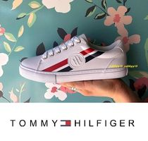 Tommy Hilfiger Stripes Round Toe Rubber Sole Casual Style Low-Top Sneakers