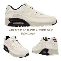 Nike AIR MAX 90 Plain Leather Low-Top Sneakers