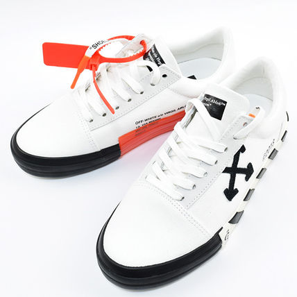 Off-White Sneakers Sneakers 2