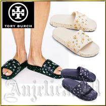 Tory Burch Star Casual Style Shower Shoes Flat Sandals