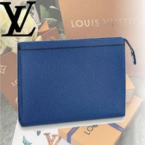 Louis Vuitton TAIGA 2WAY Leather Clutches