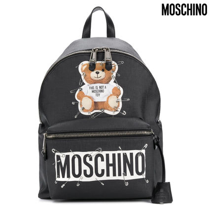 brand new 5ddf5 98afe Moschino Casual Style Faux Fur Plain Backpacks