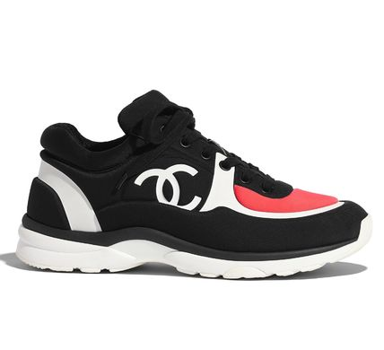 CHANEL Low-Top Casual Style Plain Logo Low-Top Sneakers 3
