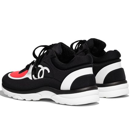 CHANEL Low-Top Casual Style Plain Logo Low-Top Sneakers 4