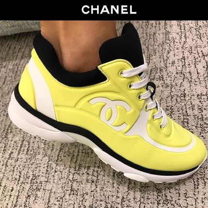 CHANEL Low-Top Casual Style Plain Logo Low-Top Sneakers