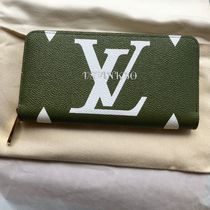 Louis Vuitton ZIPPY WALLET Monogram Unisex Khaki Accessories
