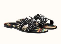 HERMES Oran Wedge Open Toe Unisex Studded Leather Footbed Sandals