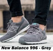 New Balance 996 Casual Style Suede Low-Top Sneakers