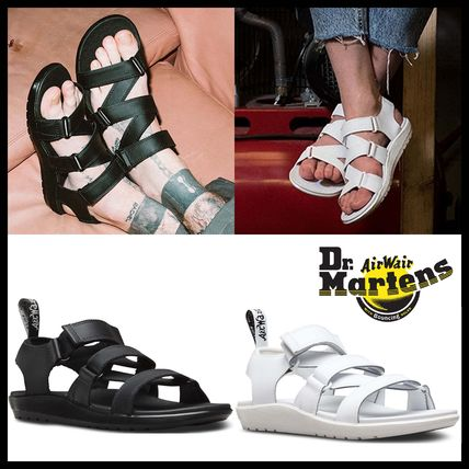 Dr Martens Unisex Leather Street Style Sandals
