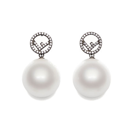 Costume Jewelry Elegant Style Earrings