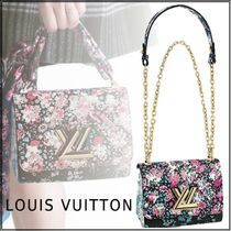 Louis Vuitton TWIST Flower Patterns Bi-color Chain Leather Elegant Style