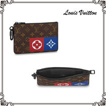 Louis Vuitton MONOGRAM Monogram Unisex Canvas Street Style Bag in Bag Clutches