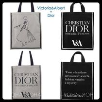 Victoria&Albert Collaboration Totes