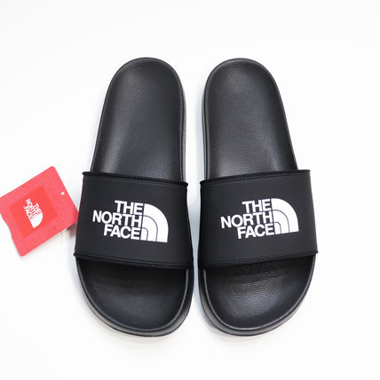 THE NORTH FACE Black Series Unisex Street Style Plain Shower Shoes PVC Clothing Flipflop