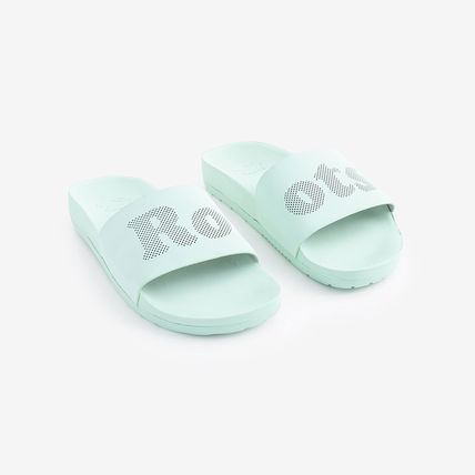 Rubber Sole Casual Style Leather Shower Shoes Flat Sandals